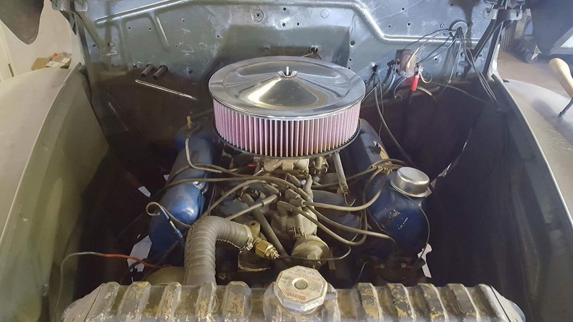 1946 Ford Sedan with 350ci V8 (1)