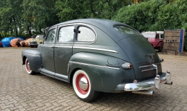 1946 Ford Sedan with 350ci V8 (6)