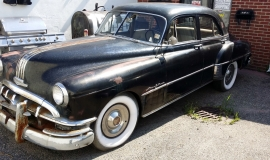 1950 Pontiac Chieftain Eight Deluxe Sedan (42)