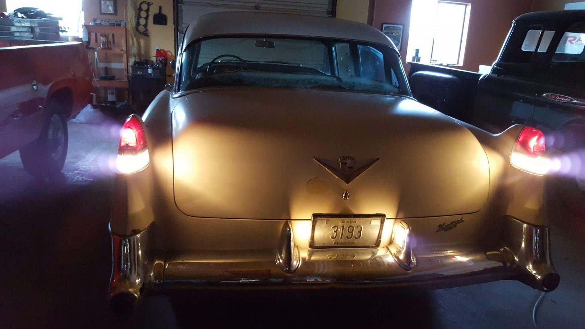 1954 Cadillac Sedan Deville (11)