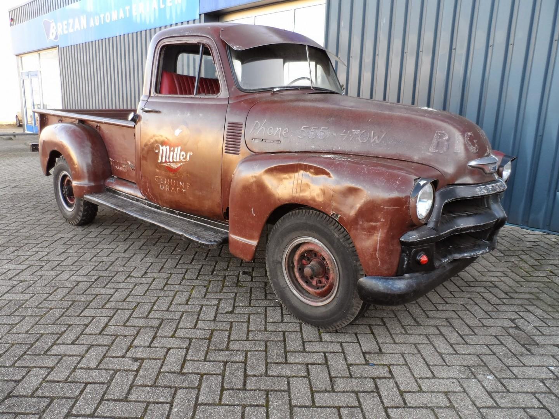 1954 Chevy 3100 pickup (8).JPG