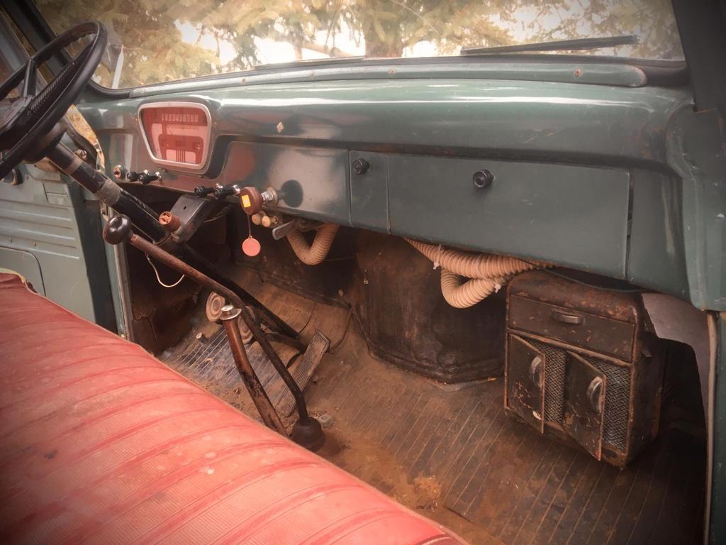 1955-Mercury-M350-Pickup-with-V8-10