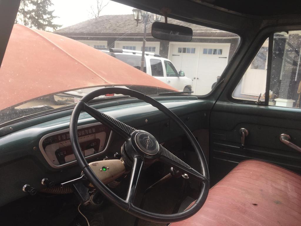 1955-Mercury-M350-Pickup-with-V8-13