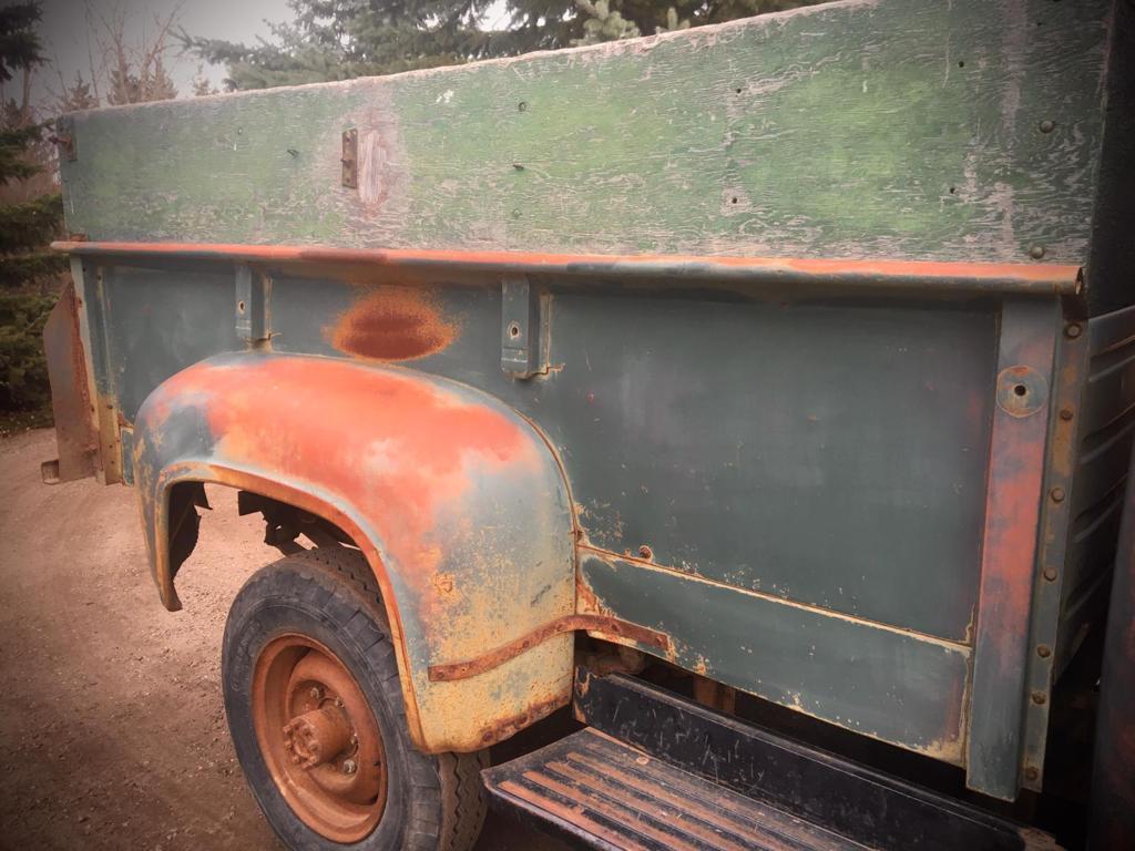 1955-Mercury-M350-Pickup-with-V8-18