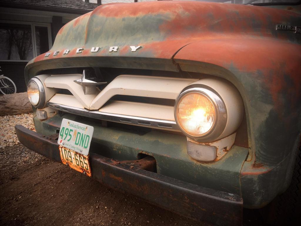 1955-Mercury-M350-Pickup-with-V8-25