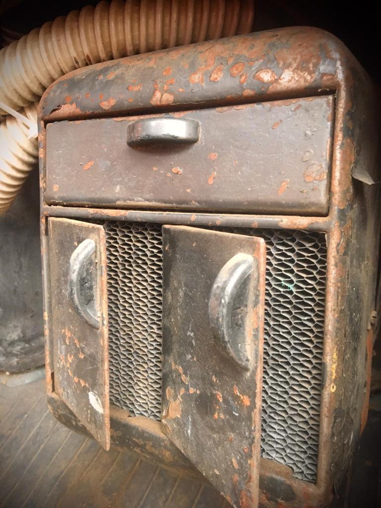 1955-Mercury-M350-Pickup-with-V8-8