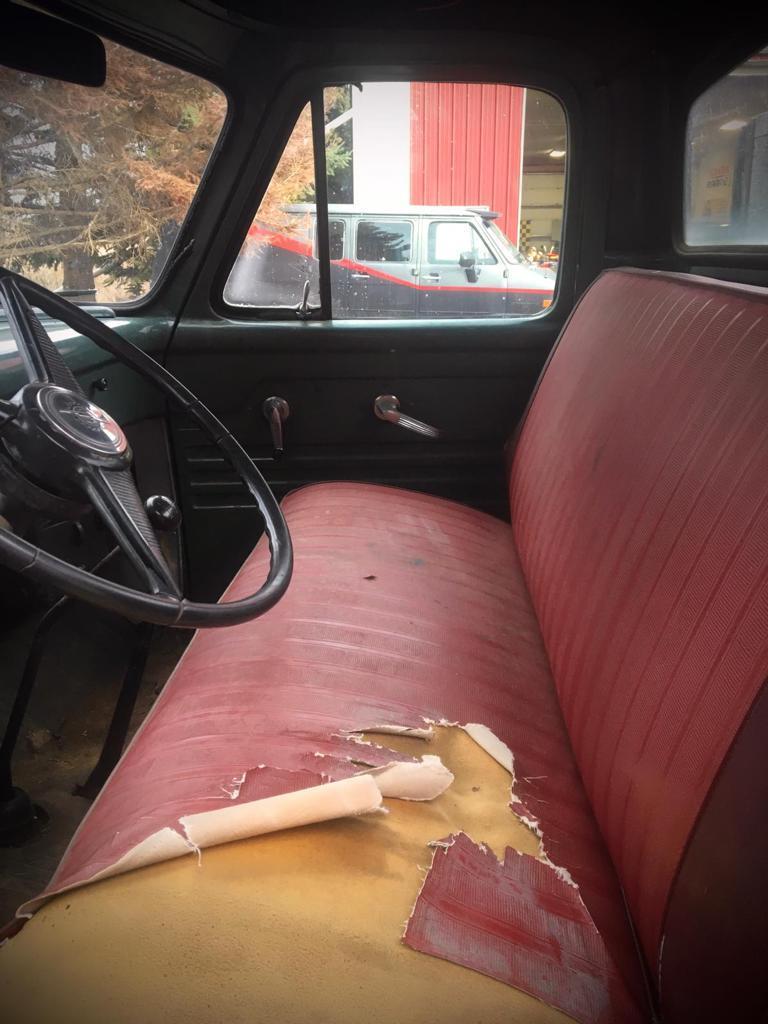 1955-Mercury-M350-Pickup-with-V8-9
