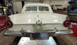 1956 Ford Thunderbird - 312ci V8 and automatic (10)