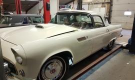 1956 Ford Thunderbird - 312ci V8 and automatic (14)