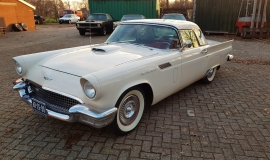 1957 Ford Thunderbird Convertible 312ci (1)