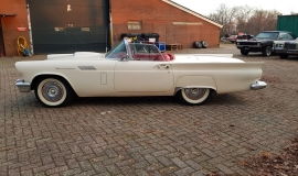 1957 Ford Thunderbird Convertible 312ci (18)