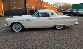 1957 Ford Thunderbird Convertible 312ci (2)