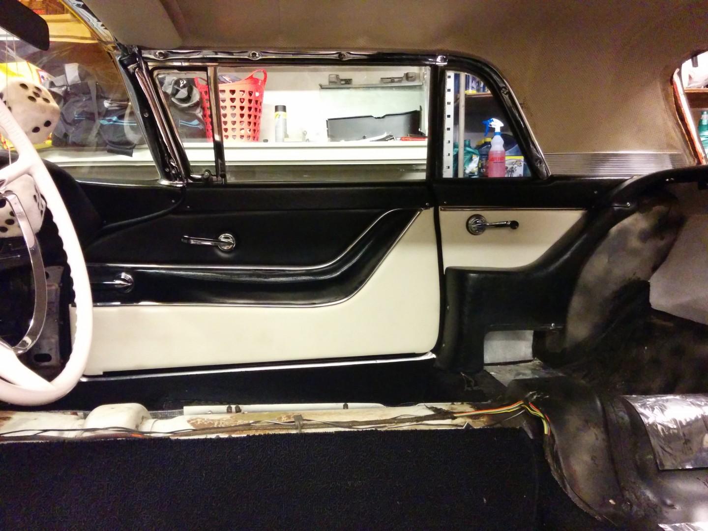 1958 ford thunderbird in rat rod look