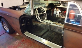 1958 Ford Thunderbird restoration (20)