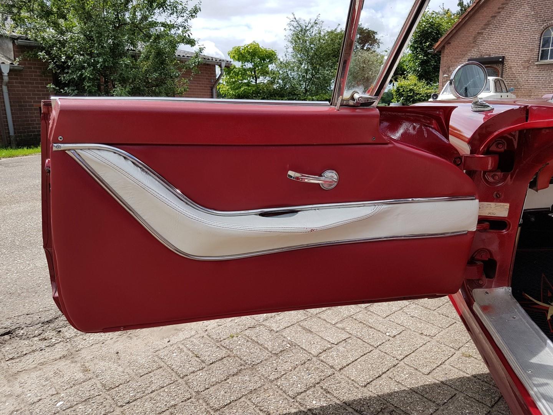 1959 Ford Thunderbird - 400ci V8 (13)