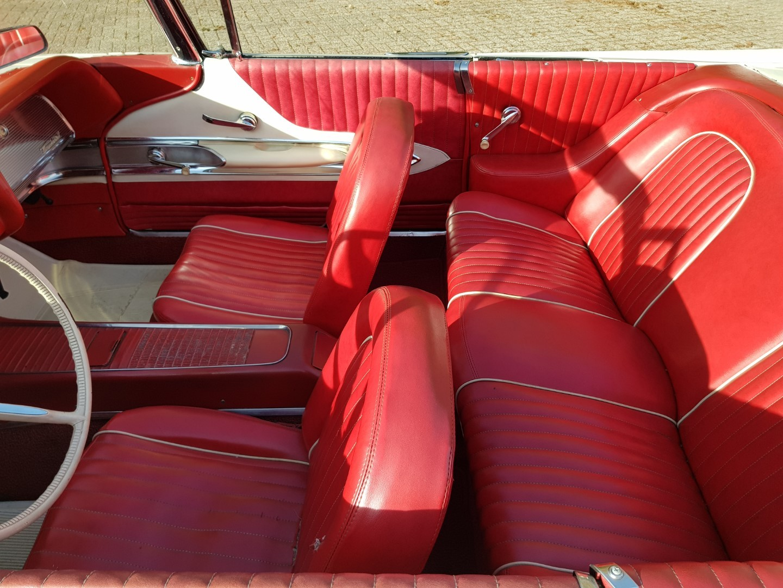 1960 Ford Thunderbird Convertible 352ci (11)