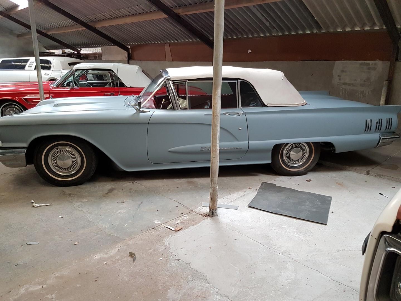 1960 Ford Thunderbird Convertible (11)
