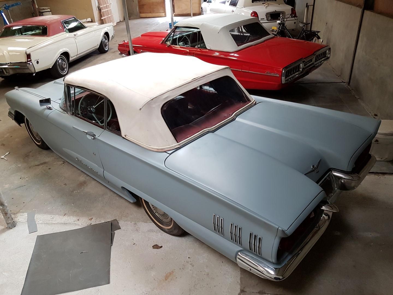 1960 Ford Thunderbird Convertible (12)