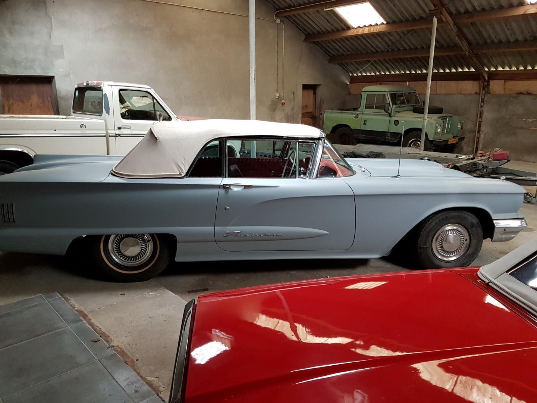 1960 Ford Thunderbird Convertible (14)