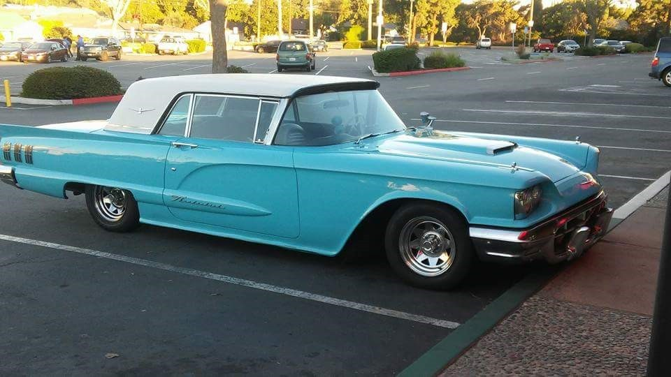 1960 Ford Thunderbird Hardtop (13)