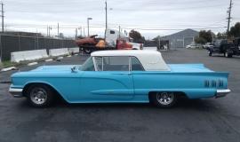 1960 Ford Thunderbird Hardtop (10)