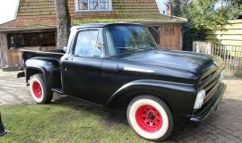 1961 Ford F100 460ci (7).JPG