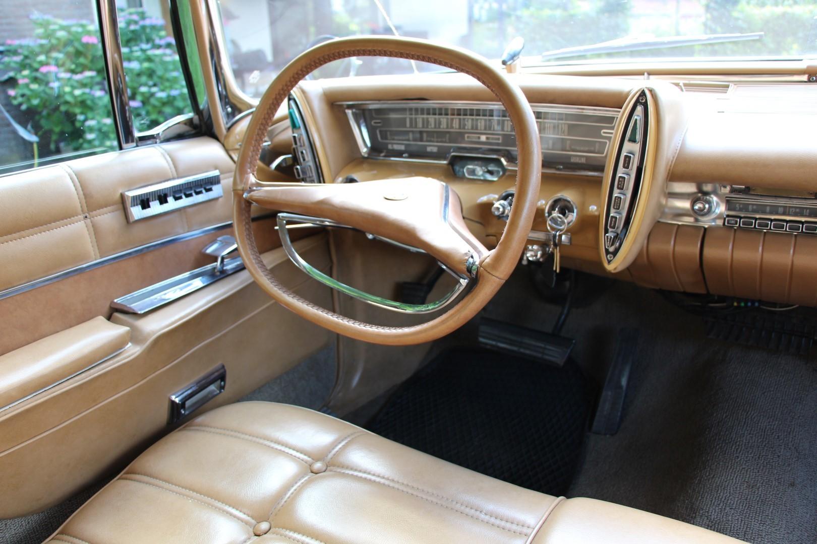 1963 Chrysler Imperial Crown (13)