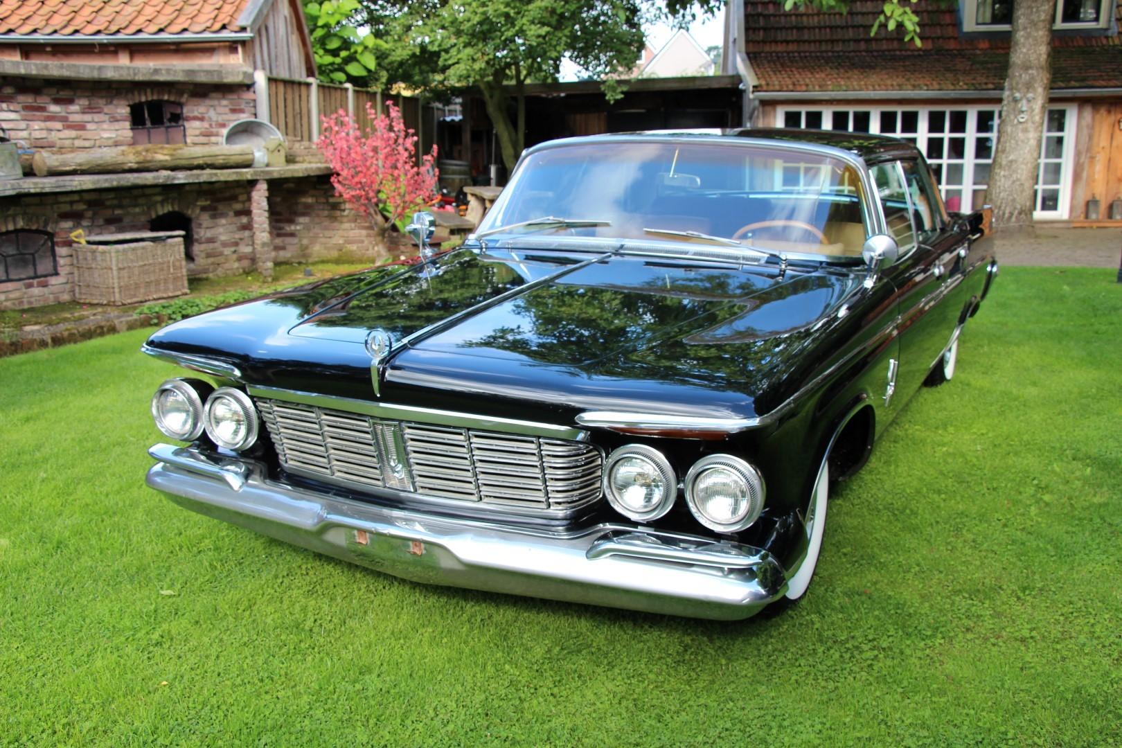 1963 Chrysler Imperial Crown (3)