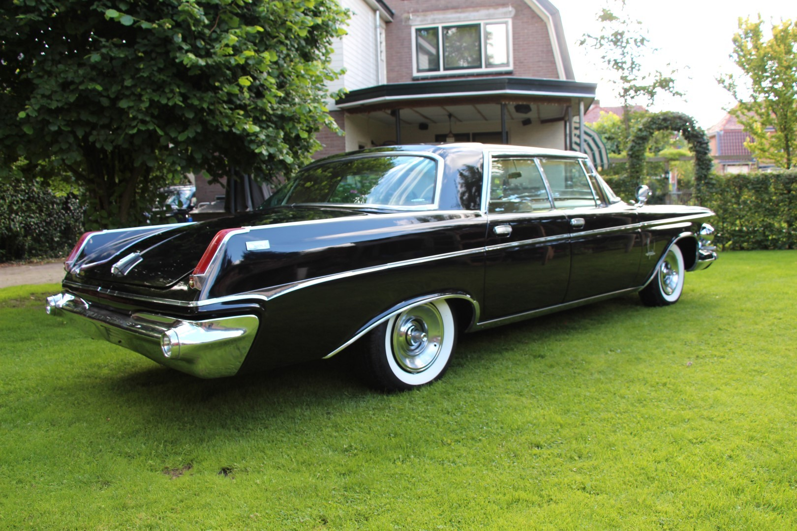 Chrysler Imperial Crown on 1963 Chrysler Town And Country