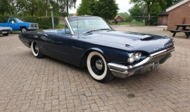 1964-Ford-Thunderbird-Convertible-390ci-4wheel-disc-brakes-11