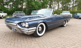 1964-Ford-Thunderbird-Convertible-390ci-4wheel-disc-brakes-5