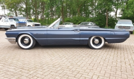 1964-Ford-Thunderbird-Convertible-390ci-4wheel-disc-brakes-6