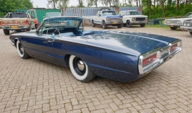 1964-Ford-Thunderbird-Convertible-390ci-4wheel-disc-brakes-7