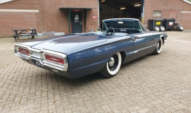 1964-Ford-Thunderbird-Convertible-390ci-4wheel-disc-brakes-9