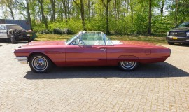 1964-Ford-Thunderbird-Convertible-2