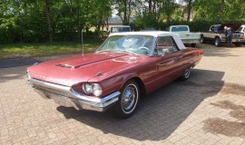 1964-Ford-Thunderbird-Convertible-New-Top-1
