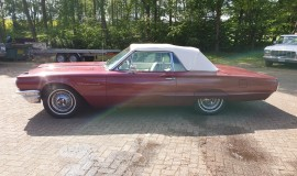 1964-Ford-Thunderbird-Convertible-New-Top-2