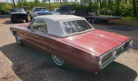 1964-Ford-Thunderbird-Convertible-New-Top-3