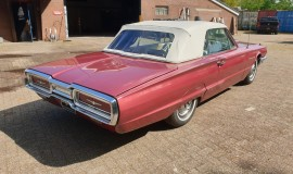 1964-Ford-Thunderbird-Convertible-New-Top-5