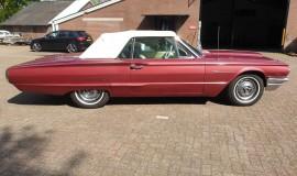 1964-Ford-Thunderbird-Convertible-New-Top-6