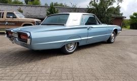 1964 Ford Thunderbird Hardtop - 390ci (11)