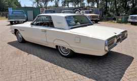 1964-Ford-Thunderbird-Hardtop-390ci-factory-paint-3