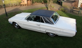 1964 Ford Thunderbird - white (1)