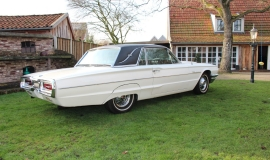 1964 Ford Thunderbird - white (13)