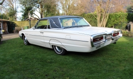 1964 Ford Thunderbird - white (15)