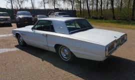 1964-Ford-THunderbird-hardtop-360ci-3
