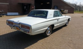 1964-Ford-THunderbird-hardtop-360ci-5