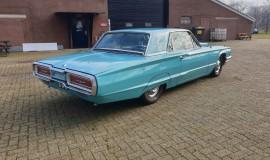 1964-Ford-Thunderbird-Hardtop-390ci-FE-5