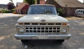 1965 Ford F100 390ci V8 (9)