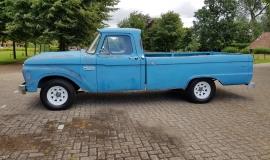 1965 Ford F100 390ci (2)